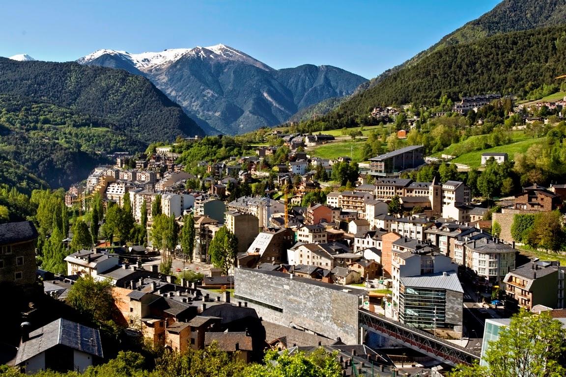 Andorra en Xifres 2015 – Cambra de Comerç, Indústria i Serveis d ...