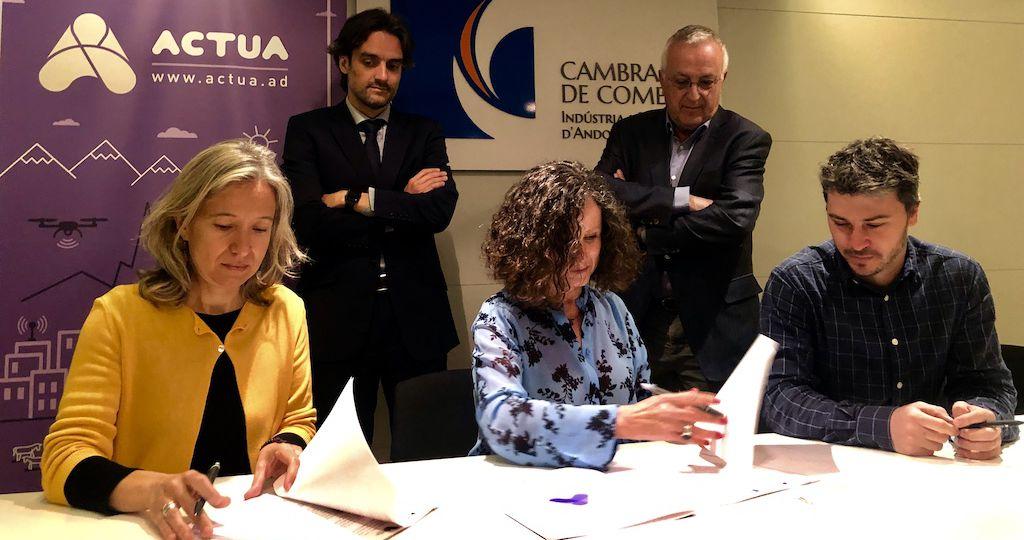 Signatura acord Actua Cambra